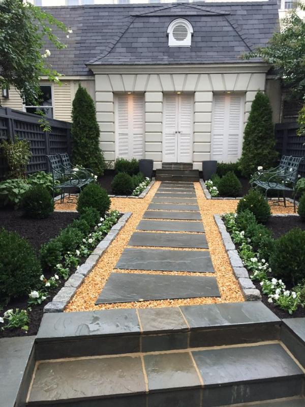 Total renovation of a small backyard in Georgetown. : Featured Garden : CITYSCAPES® Landscaping Inc.