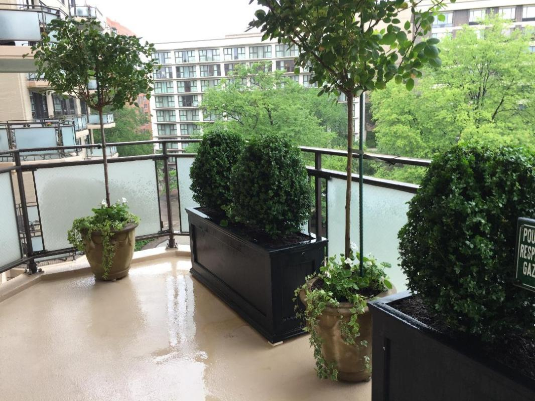 Symmetry and simplicity makes this balcony very appealing